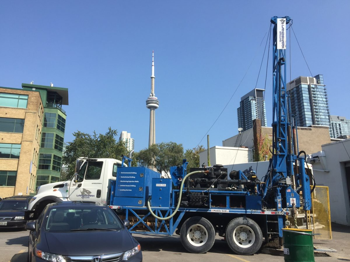 Mobile B60 Mechanical Drill Rig